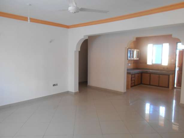 A beautiful 3 bed roomed apartment in Nyali Ganjoni - image 1