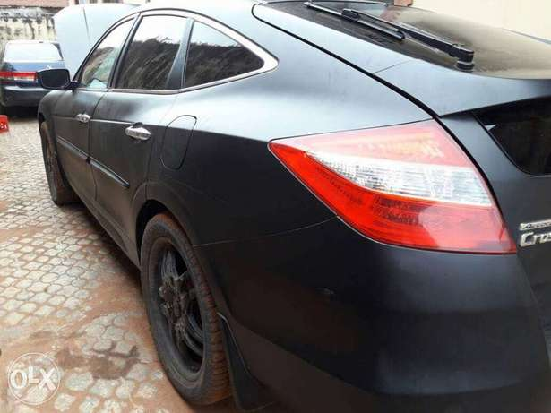 Registered 2010 model Honda crosstour Lagos Mainland - image 5