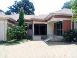 Beautiful two bedroomed unit for rent in Namugongo
