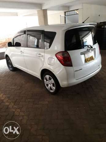 A very clean and well maintained Toyota tactics for sale Nairobi CBD - image 2