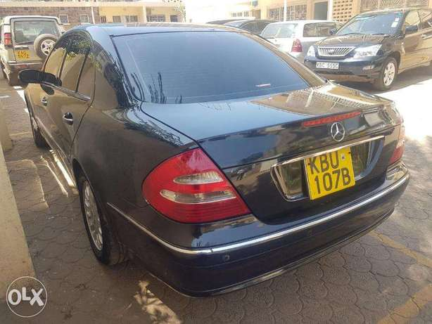 Mercedes Benz E200 Nairobi West - image 5