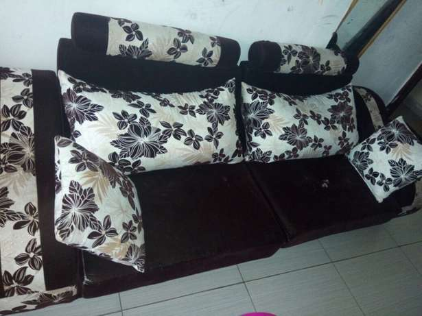 Five seater seats Embakasi - image 3