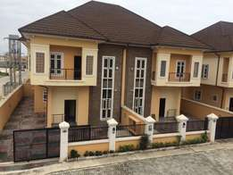 4bedroom semi detached duplex with BQ for sale around Agungi