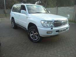 Toyota Landcruiser Vx 2001 Model In Mint Condition
