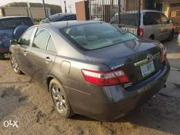 08 Toyota Camry LE