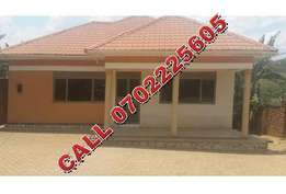 Reinnaisance 3 bedroom house for sale in Namugongo-Nabusugwe at 290m