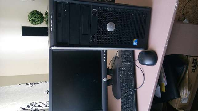 Computer sale.good condition.ideal for movie,home,games or office work Nairobi West - image 4