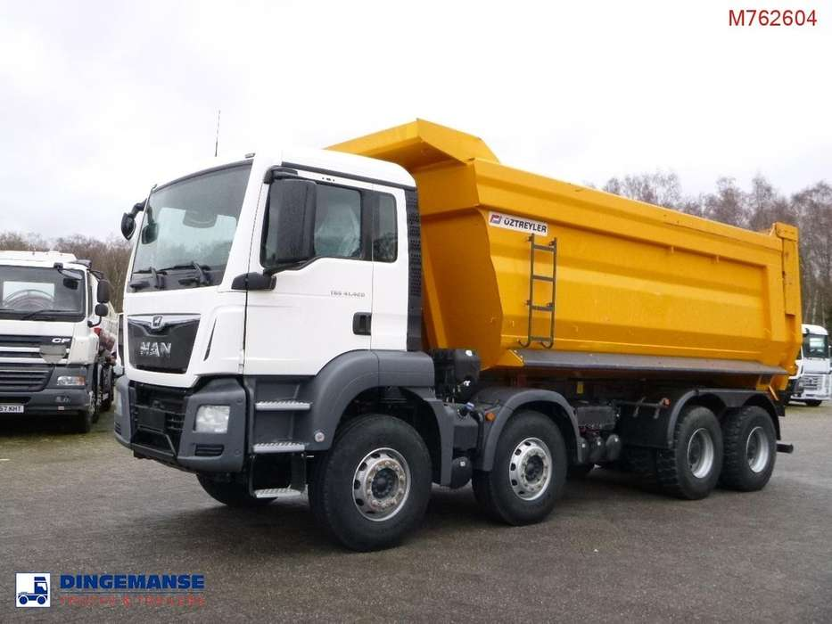 MAN TGS 41.420 8X4 BB tipper - 2017