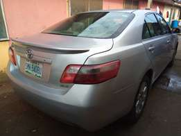 Very clean,sound,super sharp Reg TOYOTA CAMRY MUSCLE XLE 09model.