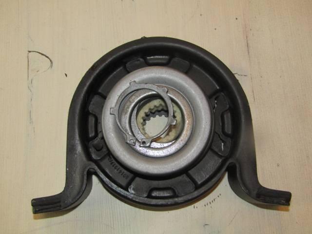 Mercedes-Benz aandrijfasrubbers mercedes 207