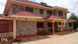New 4 bedroom house plus 2 bedroom guest House to Let in Runda