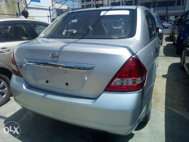 Nissan Tiida latio Arrived now model 2010 Mombasa Island - image 4