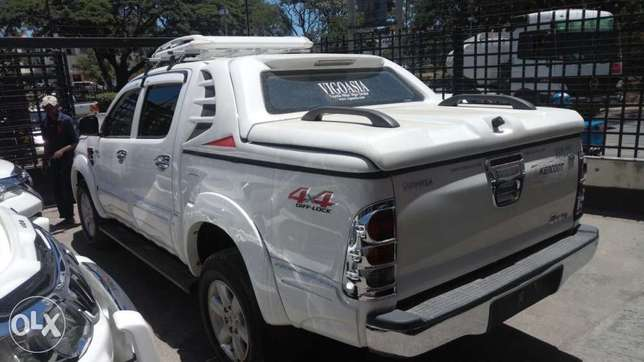 Toyota Hilux Double cab KCP number 2011 Model. Facelift 2016 Loaded w Mombasa Island - image 5