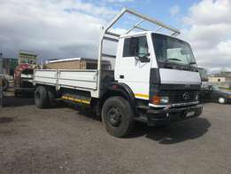 2007 Tata LPT 15-18 with drop sides