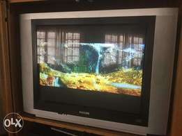 74cm TV for sale with remote R1200onco