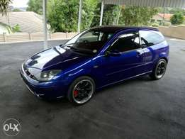 2005 Ford st 170