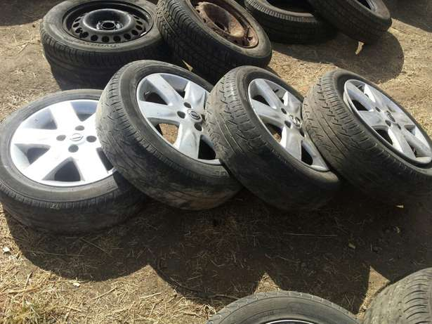 """Nissan March Note 15"""" Alloys with Tyres Set of 4 Umoja - image 2"""