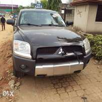 Superbly Clean Mitsubishi Raider Pickup truck toks for sale
