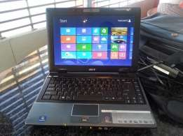 acer laptop 4 gig ram carrybag