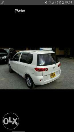 Quick sale..Mazda Demio...clean and vwell maintained prs car Kenyatta - image 5