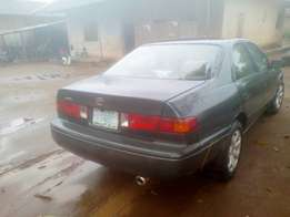 First body Toyota Camry 2001 model