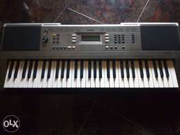 New Piano Psr E353 sale with all accessories