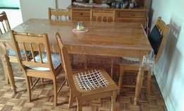 Oak Ding room table and Side board