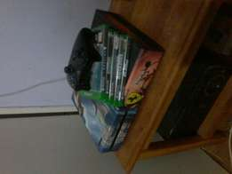 Xbox one with 5 games one controller one headphone