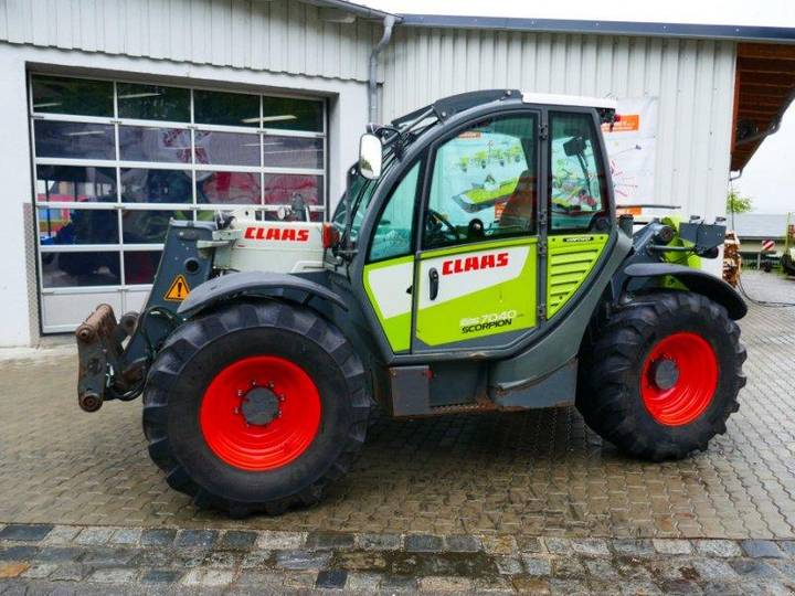 Claas Scorpion 7040 Varipower - 2012