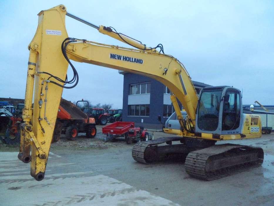 New Holland E265 - 2006