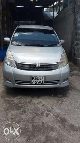 Sell of Toyota Isis 7 seater Car Kiserian - image 7