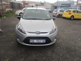 Ford Fiesta 1.3 2009 Model,5 Doors factory A/C And C/D Player