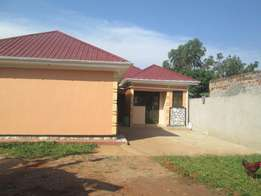Brand new wide self contained double at 350000 in Kirinya-Bwegererere