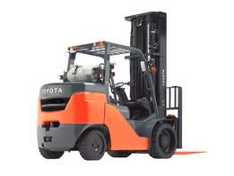 Toyota LPG Forklift 2013 year model 3.5 ton This Forklift is in almost