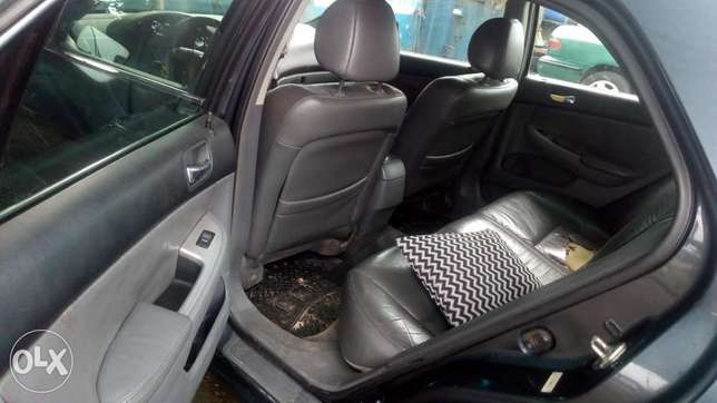 Extreemely sound 2003 Honda Accord with factory chilling AC Warri - image 6