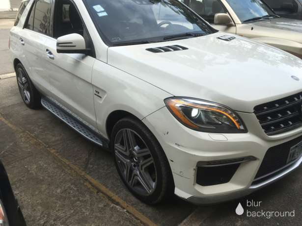 2012 Bought Brand New ML63 AMG Lekki - image 3