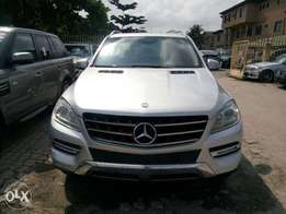 Silver Colored 2015 Mercedes Benz ML 350 With Full Factory Options.