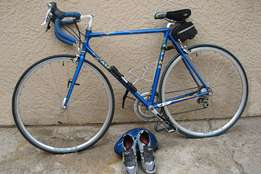 Road Bicycle for Sale with lots of Goodies