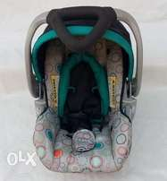 U.S Used BabyTrend Circle Stitch Baby Car Seat(fixed price)