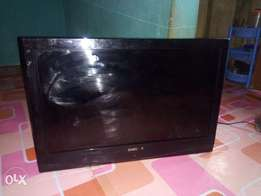 32 inches Samsung plasma TV