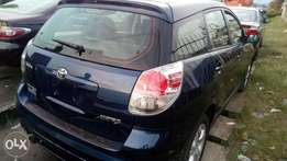 Sparkling sharp 06 full duty Toyota matrix with factory chilling AC