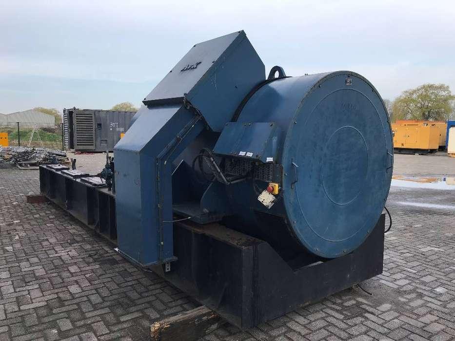 A. van Kaick 3.550 kVA Alternator - 10.000V - DPX- - 1988 - image 3