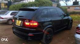 BMW X5 3.0 Xdrive 2009 model very well maintained
