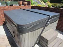 Advance Tec Luxury 4 to 12 seaters Jacuzzi Spa plug and play For Sale