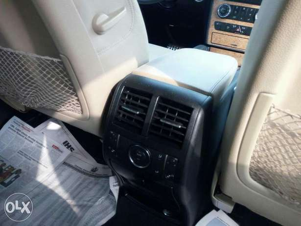 Very clean foreign used 2008 Mercedes-Benz Ml350 4matic. Negotiable Apapa - image 8