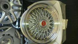 Bmw bbs 18 inch mags only