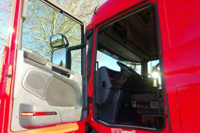 Scania R440 Highline 6x2/4 Twinsteer - 2013 - image 11