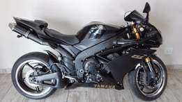 Yamaha R1 2008 model - Black with 37000km