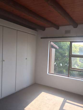 3 bedroomed and loft apartment in Paulshof Sandton - image 6