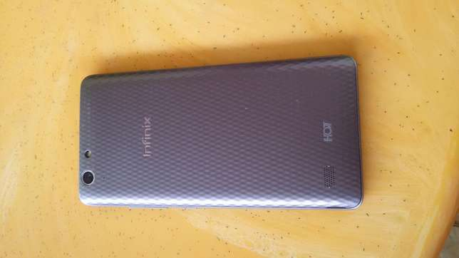 Infinix X553,clean as new;7000/= Nairobi CBD - image 2